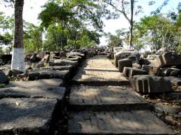 Way up to Bamuni Hills ruins