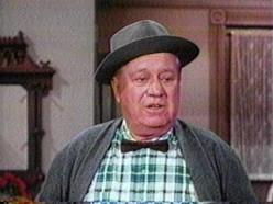 Edgar Buchanan as Uncle Joe Carson