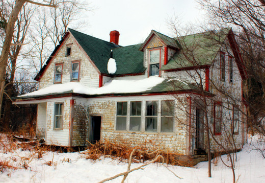 When the family moves into the house, similar to the one pictured here, the audience is lured into believing it will be a classic haunted house story. Unfortunately, what actually happens is far less spooky.