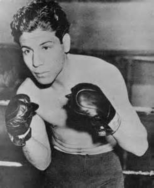 Manuel Ortiz is the former Bantamweight champion of the world. Ortiz had solid skills and could fight or box at any given time.