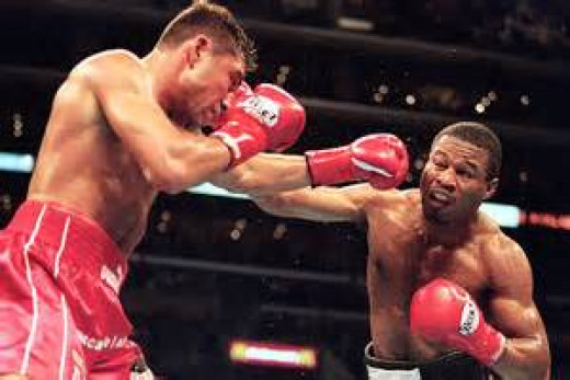 Shane Mosley moved up from lightweight to welterweight in 2000 and beat Oscar De La Hoya for his crown.