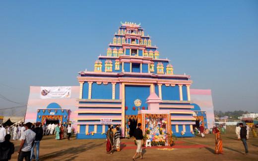 Un magnífico Gopuram dio la bienvenida a todos los participantes al Estadio Nehru en Bhadrak.