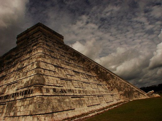 Chichen Itza - the storm is coming