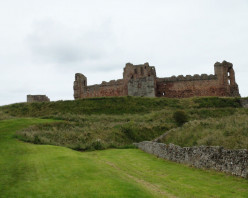 Tantallon and Dirleton Castles Review