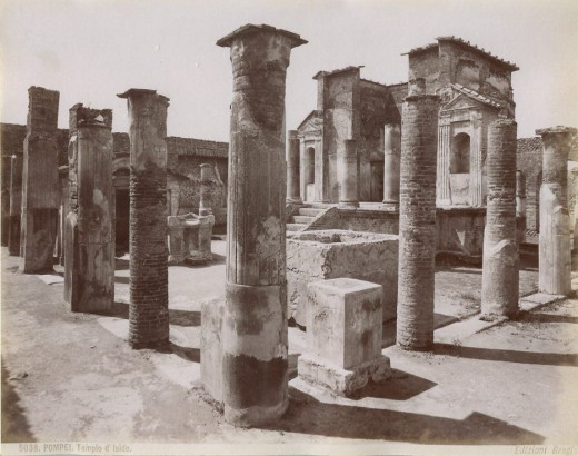 Temple of Isis in Pompeii. Before 1881.