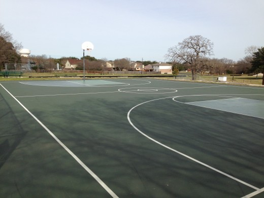 Cat Hollow Park Round Rock TX - Basketball Courts