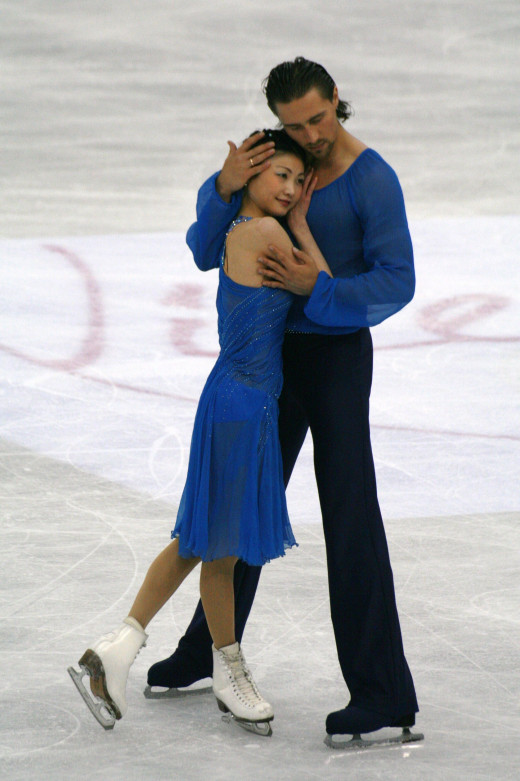 Russians Yuko Kavaguti and Alexnader Smirnov at the 2012 Worlds. Used via: https://creativecommons.org/licenses/by-sa/3.0/deed.en