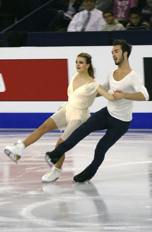 French team Gabriella Papadakis and Guillaume Cizeron at the 2014 Grand Prix Final. Used via: https://creativecommons.org/licenses/by-sa/4.0/deed.en