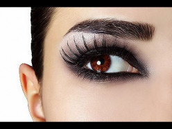 Step-by Step guide: How to apply false lashes