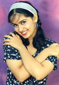 Kausalya Beautiful Romantic Actress of South Indian Cinema