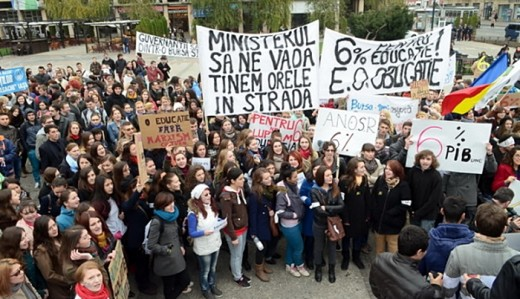 Romanian students protesting