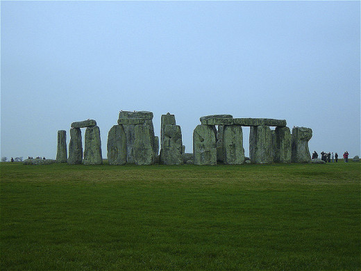 A wide-angle shot of Stonehenge giving an idea of its size