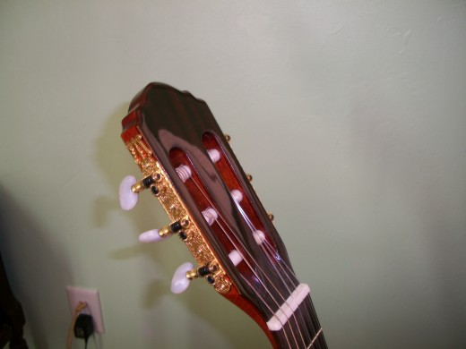Head Stock from Rubins guitar showing Gold tuning keys.