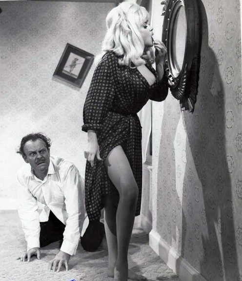 Jayne's segment in the film was with Terry-Thomas.  He is in a panic because they can't find her bra!