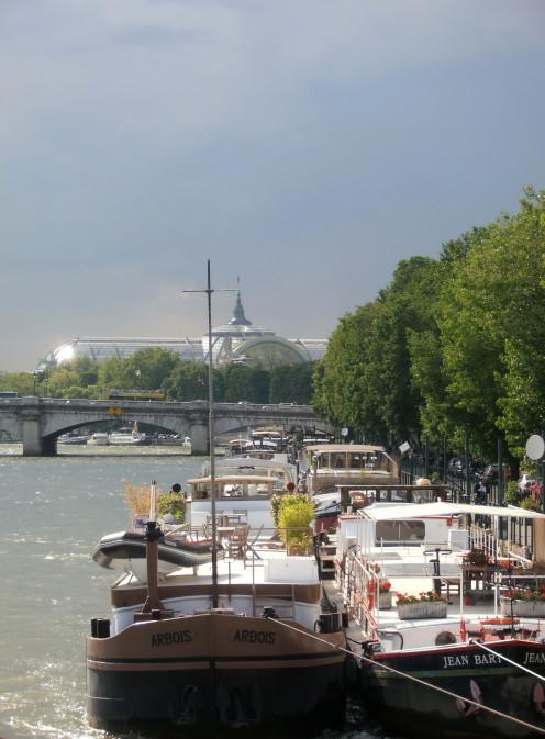 Port des Tuileries and Pont de la Concorde, Paris