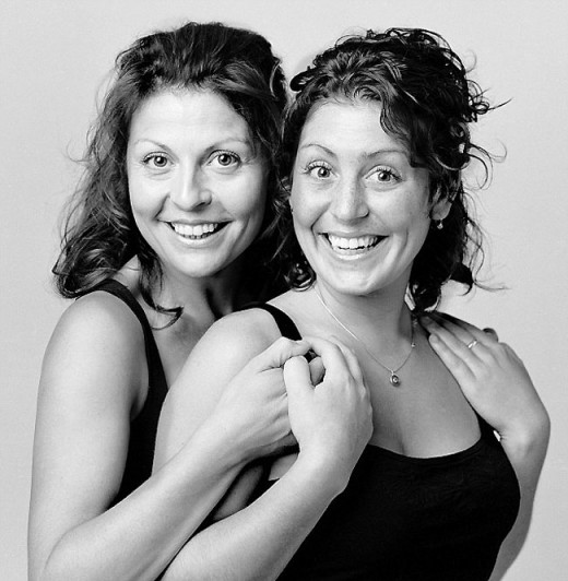 Unbelievable: On this website you will find the portraits of two people together who look just like twins and bear an uncanny resemblance but actually are complete strangers brought together by the creator of this site.