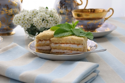 Souffle with sponge