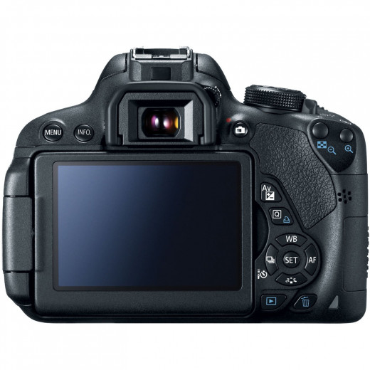Canon T5i with 18-135 mm lens configuration