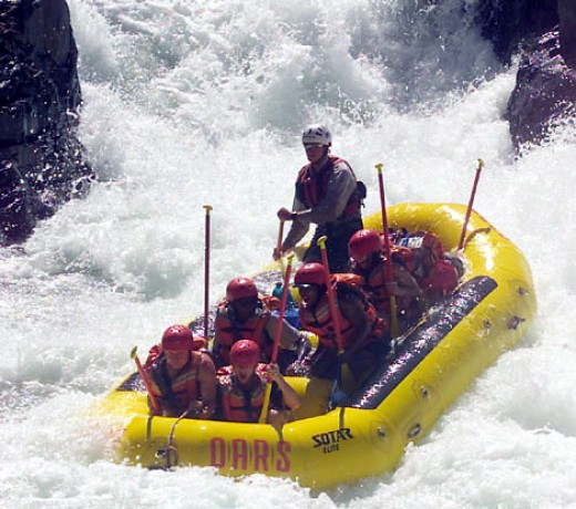 Sacramento Area Rivers Offer Great White Water Rafting
