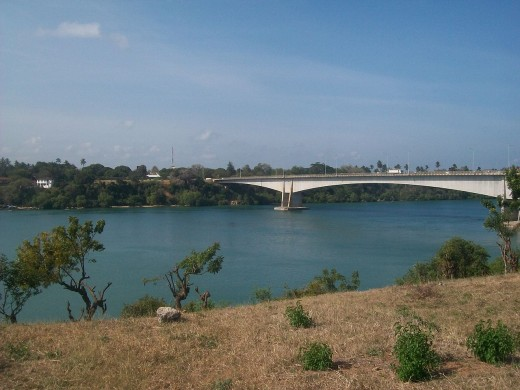 The panoramic Kilifi bridge(the longest in the country)
