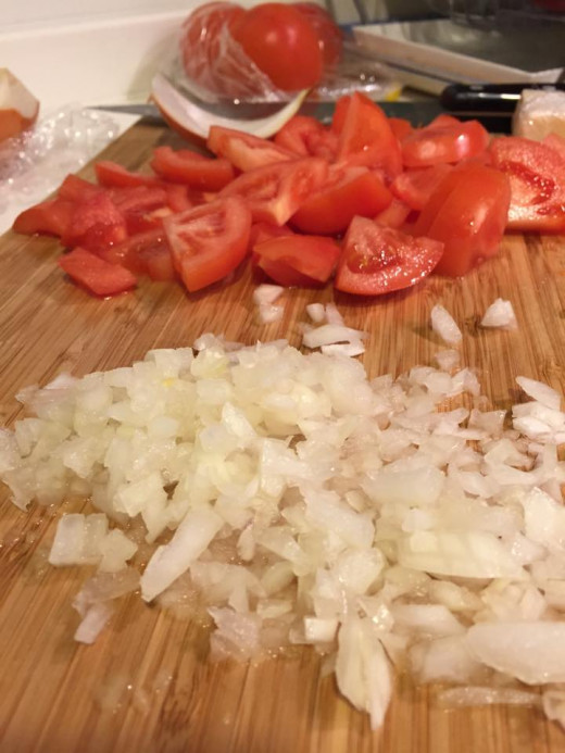 Cut the onions and tomatoes into desire size.
