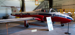 Snowbirds' CT-114 Tutor, Nanton