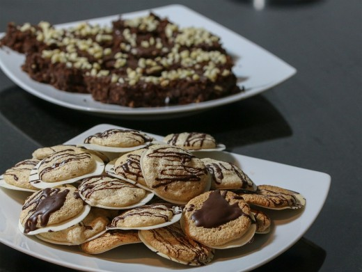 Encourage meeting attendees to grab a cookie or two before they leave so that there are no leftovers.