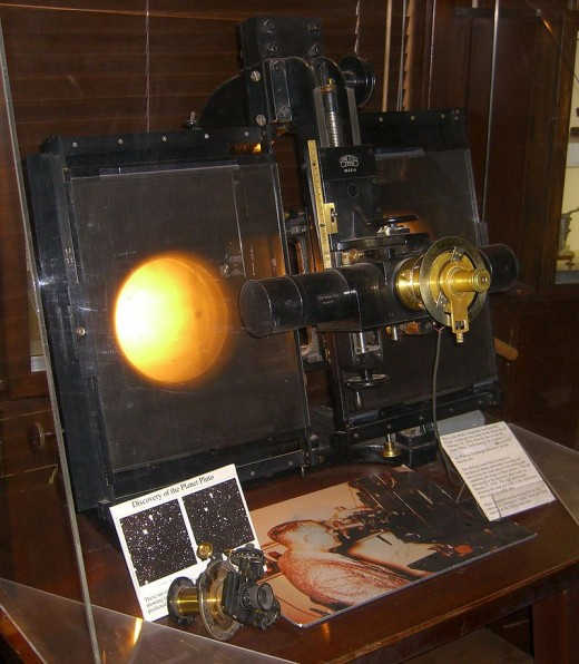 Blink comparator used to discover the planet Pluto