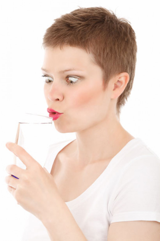 Drinking water can assist with weight loss