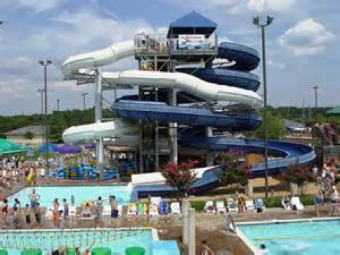 This waterpark is full of slides for children and thrill seeking adults. Also, restrooms, a gift shop and lots of eateries are spread out over the park.
