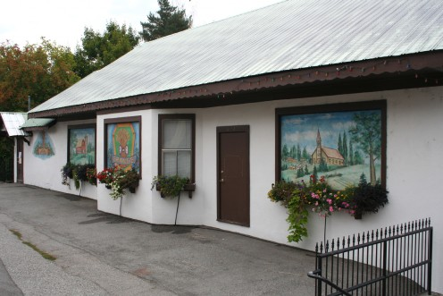 Awesome paintings on the buildings in Leavenworth
