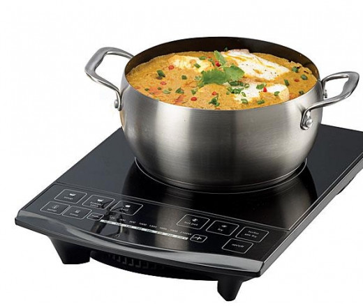 The fast and efficient heating of induction cookers makes them ideal for stir frying, braising, stews and single pot curries. Modern units have power control, timers and heating function settings