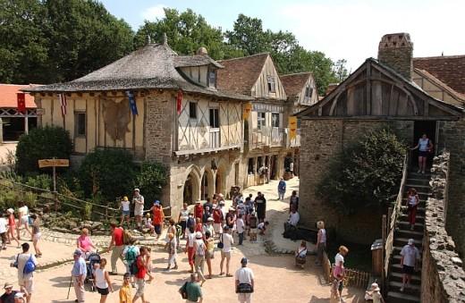 Puy du Fou: Medieval village