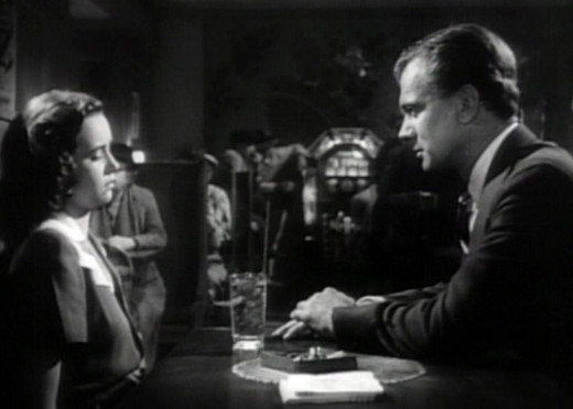 Teresa Wright and Joseph Cotten in Shadow of a Doubt