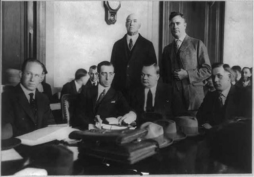 Roscoe Arbuckle and his lawyers at trial, November 1921