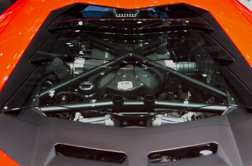 The Aventador's V12 engine seen trough its rear window.