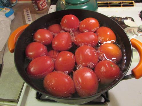 Boil tomatos together