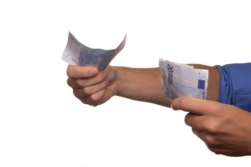 Be aware of how fluctuating exchange rates will affect the amount that you send or receive