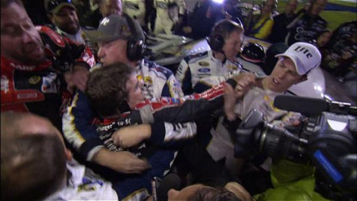 Gordon and Keselowski tussle after Jeff's title hopes went up in smoke