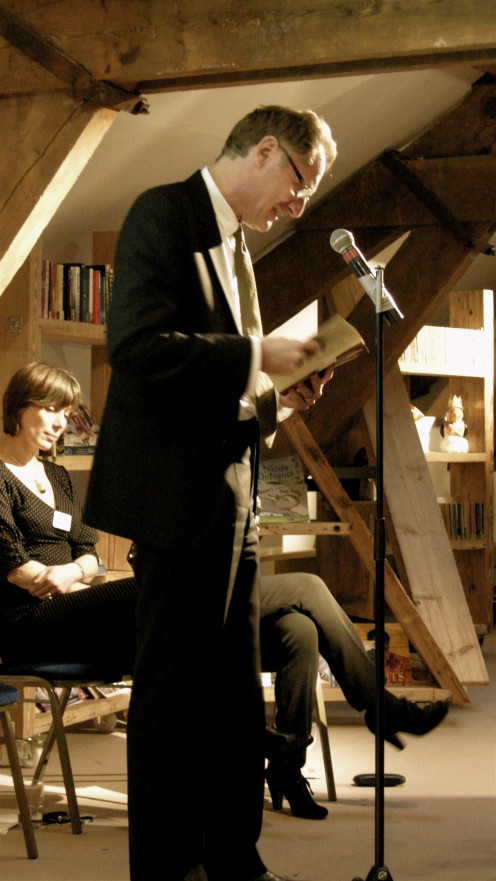 Sir Andrew Motion reading poetry