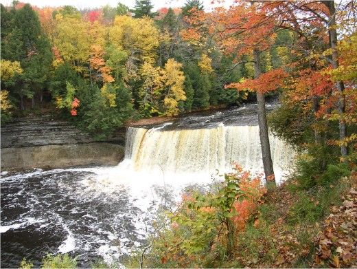 Tahquamenon Falls in fall