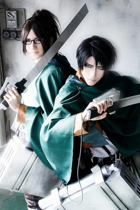 Levi and Hanji (Sakuya as Levi)