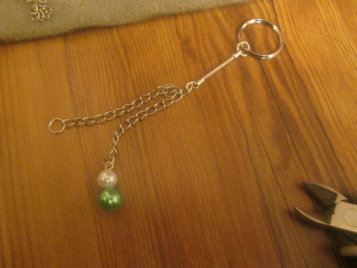 Space Your beads out to create a good shape for the bag charm.
