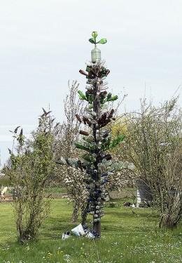 A bottle tree in modern times in Washington state.