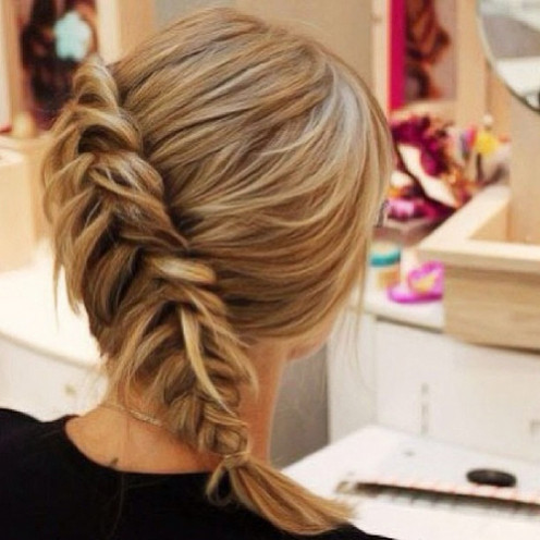 Diagonal fishtail braid. See the step-by-step tutorial below!