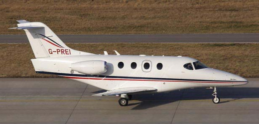 Beechcraft Premier 1A business jet taxi to take off