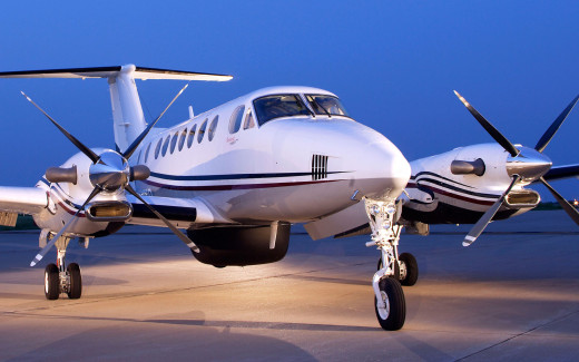 There's no more fuel-efficient way to fly 10 people to their destination than with the Beechcraft King Air 350i twin-turboprop plane.
