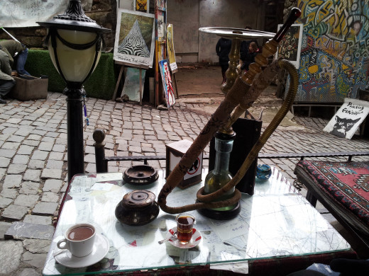 Turkish coffee, Turkish çay and a shisha