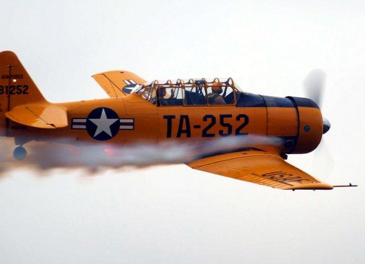 North American T-6 Texan, pilot trainer flying at an airshow