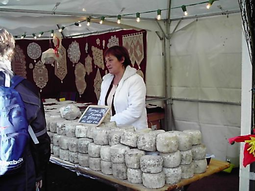 Raw milk cheeses are considered the standard for high quality dairy products in France.